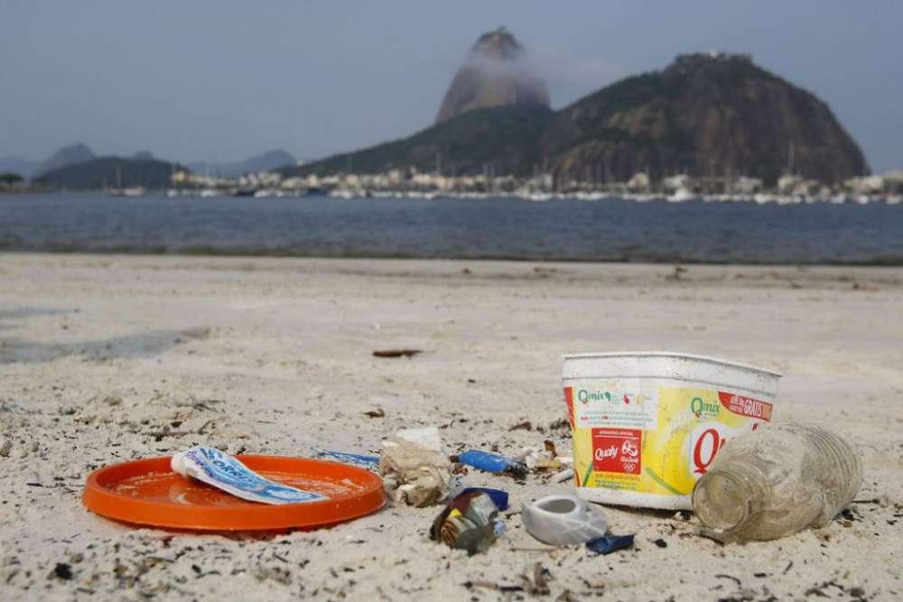 Mutirão de limpeza nas praias: entenda a importância