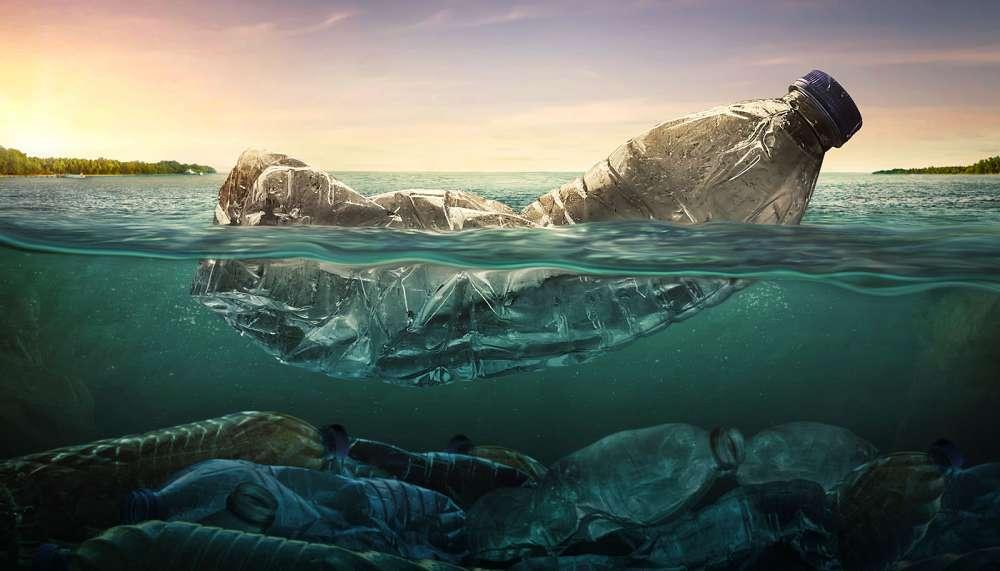 A poluição por plástico nos oceanos é a prioridade das pessoas, segundo estudo